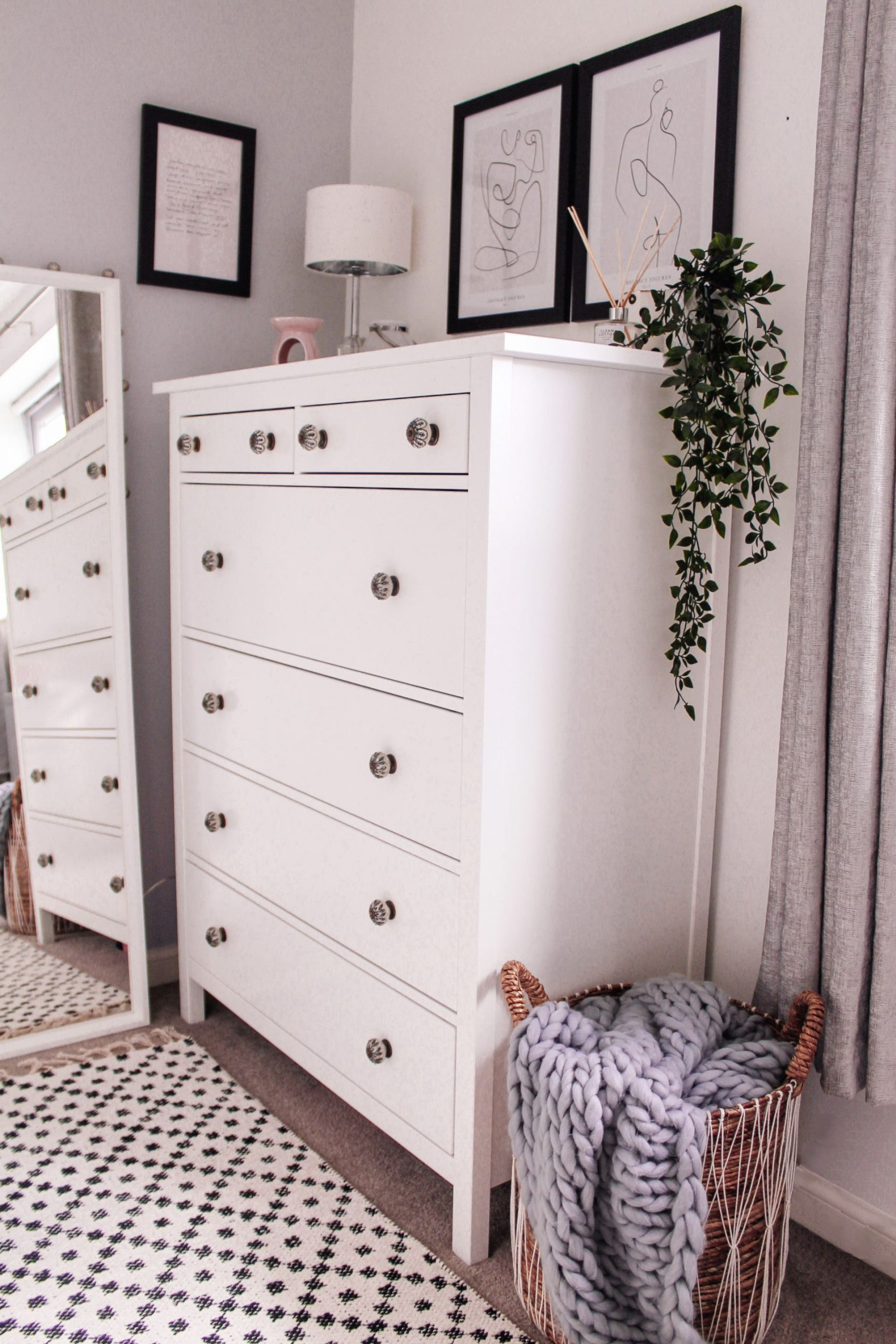 bedroom, chest of drawers, interior,